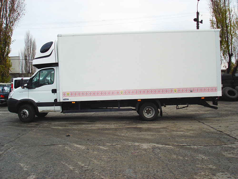 IVECO DAILY (3 t)