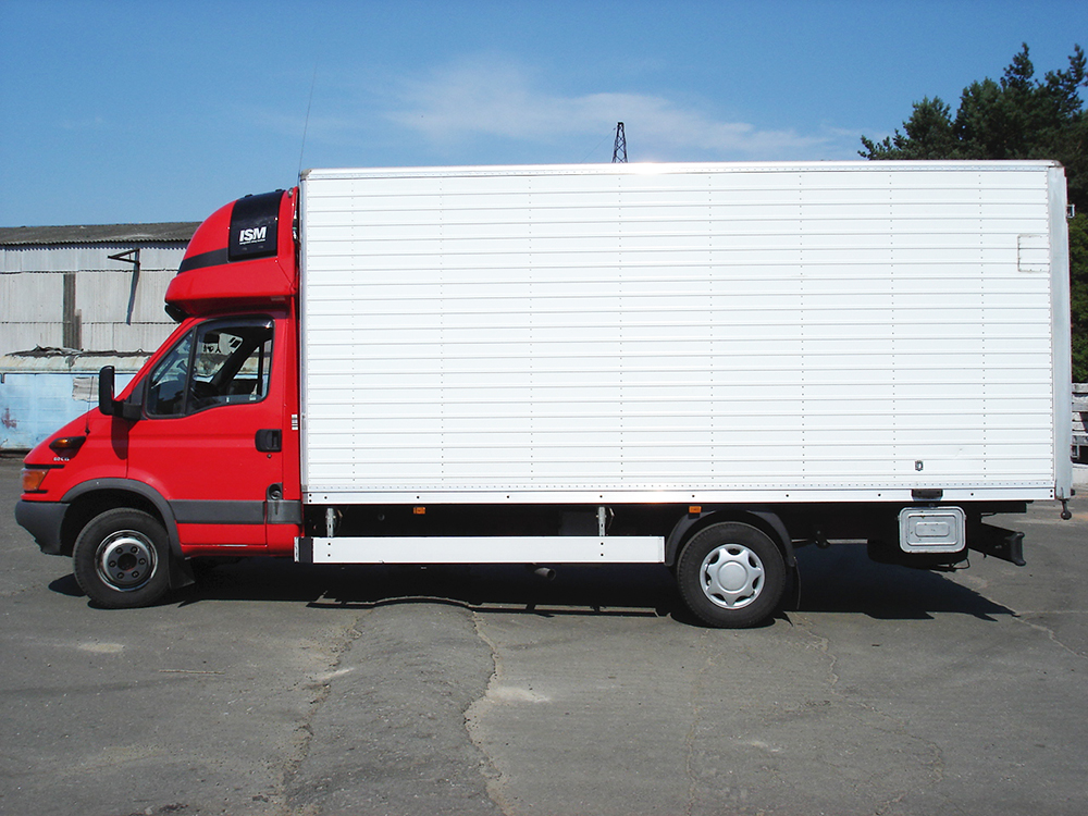 IVECO DAILY (2,5 t)
